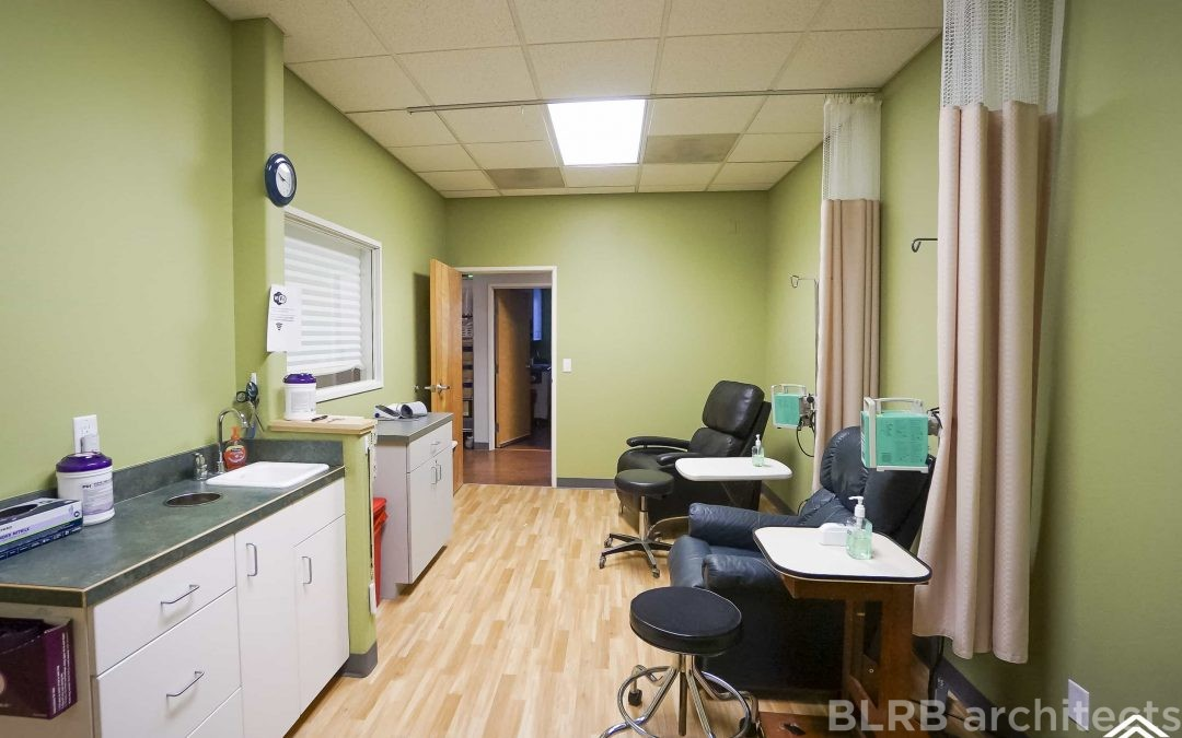 AxelaCare Infusion Clinic and Compounding Pharmacy