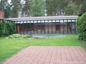 View from the courtyard of Säynätsalo Town Hall, in Finland. The building was designed by Alvar Aalto.